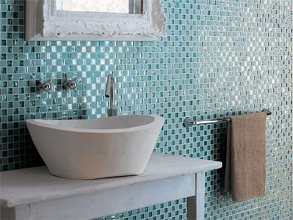 Two great bathroom tile choices for the contemporary for Bathroom design ideas mosaic tiles